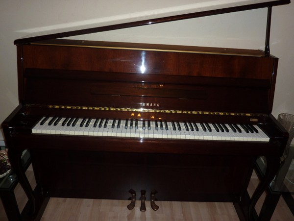 location de piano queue et piano droit paris pianos julie. Black Bedroom Furniture Sets. Home Design Ideas